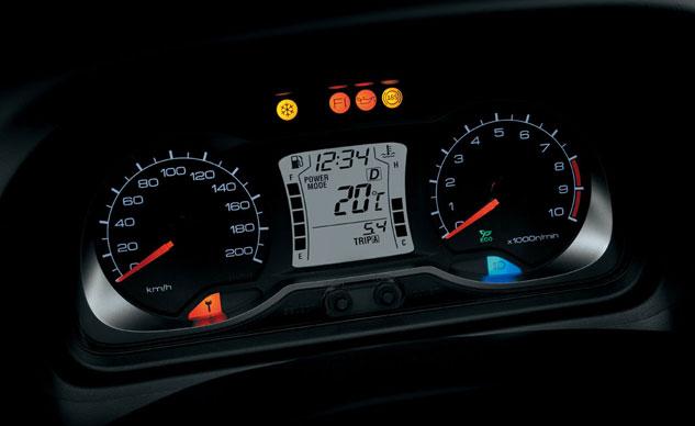 2013-Suzuki-Burgman-650-ABS-2