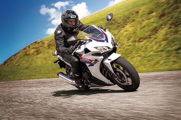 Honda-CBR500R-2