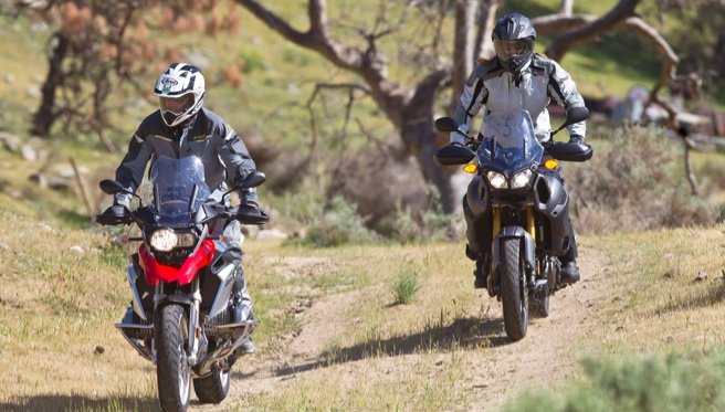 2013 BMW R1200GS vs. Yamaha Super Tenere - Adventure Bike Comparison