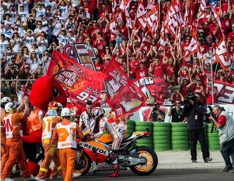 MotoGP-champ-2013