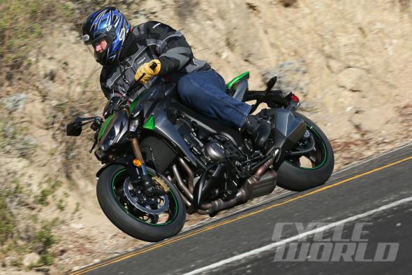 2014-Kawasaki-Z1000-ABS-2