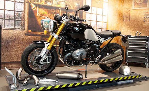 2014-bmw-r-ninet-production