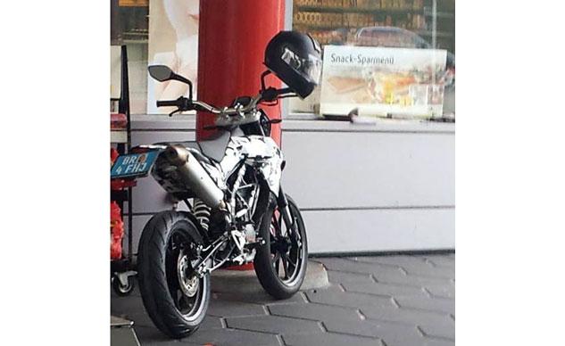 KTM 200 Supermoto