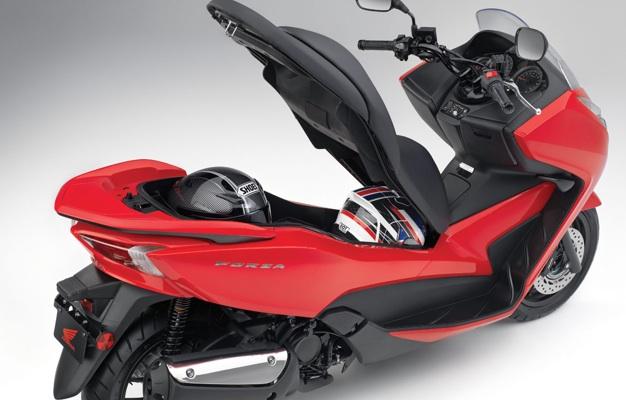 2014-Honda-Forza-First-ride-3