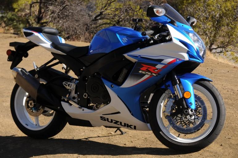 2014-Suzuki-GSX-R600-2