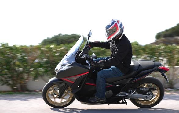 2014-Honda-Integra-2
