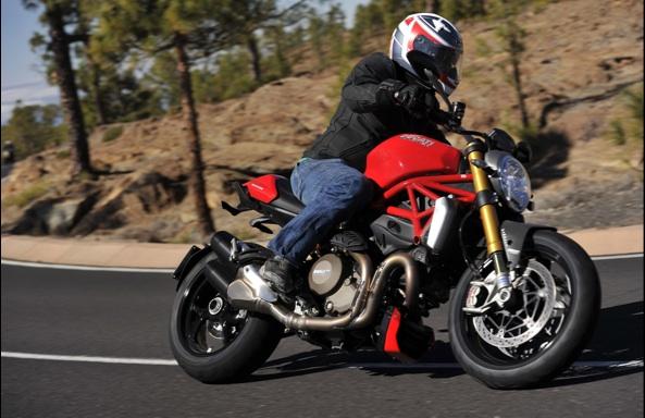 Ducati-Monster-1200