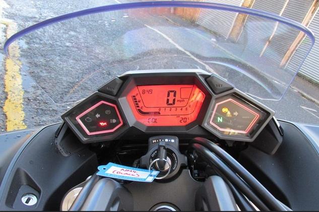 Honda-NM4-Vultus-review-4