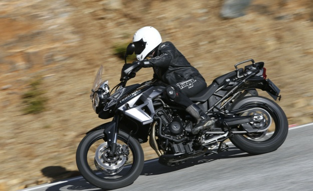 Triumph-tiger-800-xrx-review-2
