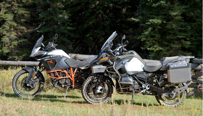 2014-BMW-R1200GS-vs-KTM-1190-Adventure-R-1