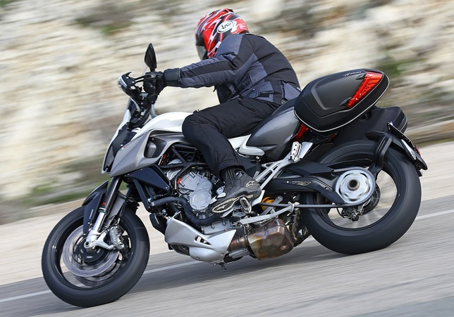 2015-MV-Agusta-Stradale-800-first-ride-3