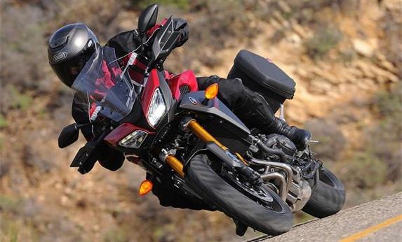 2015-Yamaha-FJ-09-first-ride