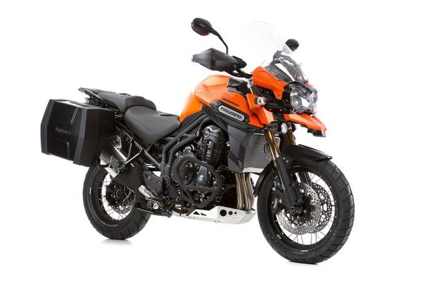 Triumph-XC-SE